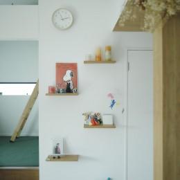 NE-CODATE-二世帯住宅+猫部屋、家族が集まる広い縁側 (壁)
