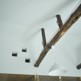 NE-CODATE-二世帯住宅+猫部屋、家族が集まる広い縁側 (2階天井)