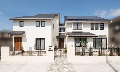 「ちょうどいい距離感」の分離型二世帯住宅へまるごと再生