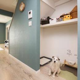 「ちょうどいい距離感」の分離型二世帯住宅へまるごと再生 (ドッグスペース)