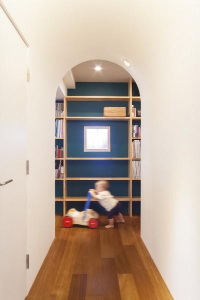 """廊下 (W邸-124平米の広さをいかした巨大""""ワンルーム"""")"""