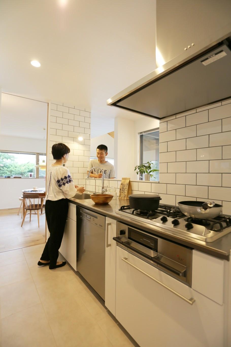 大きな屋根の家 (キッチン)