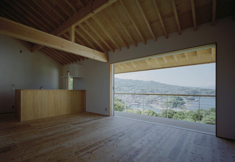前田工務店「半島の家」