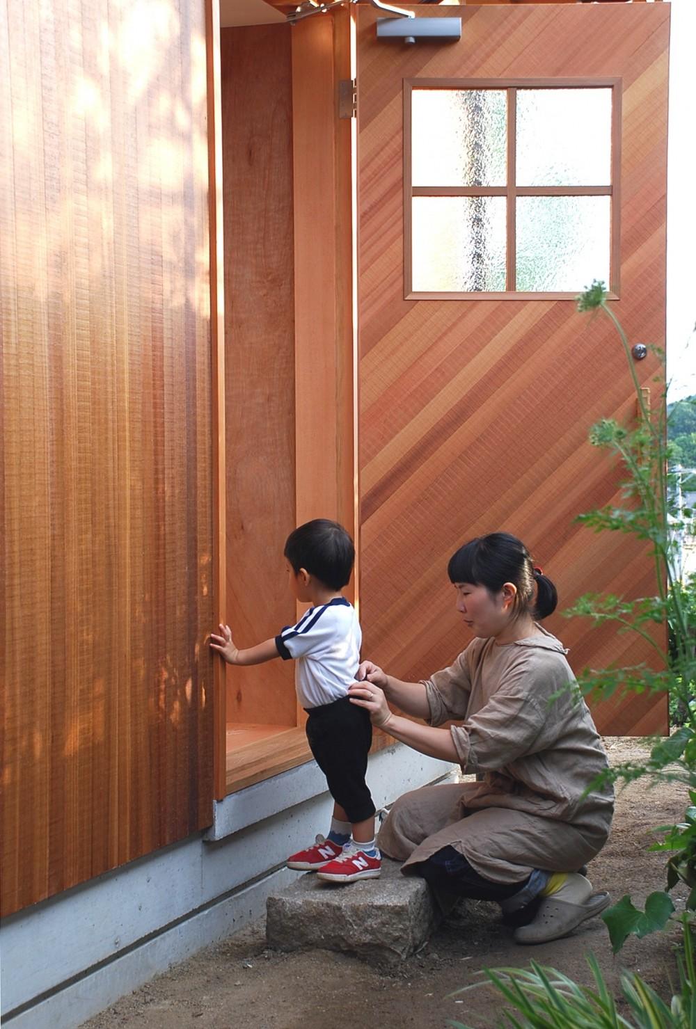 児島の小さなアトリエ (玄関)