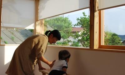 窓とロールスクリーン|児島の小さなアトリエ