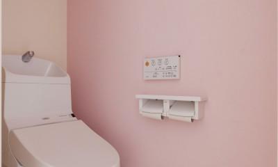 動線プランが鍵 ~家事ラクを実現した水回りの動線が光るリノベーション~ (トイレ)