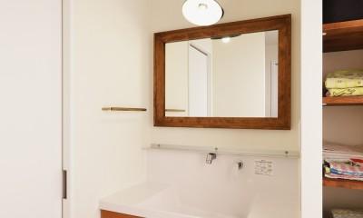 動線プランが鍵 ~家事ラクを実現した水回りの動線が光るリノベーション~ (洗面)