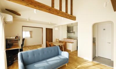 ちょうどいい距離感の二世帯住宅 (LDK)