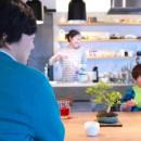 ルーフバルコニーにリビングを移動させた目黒の家の写真 家族皆を見渡せるアイランドキッチン