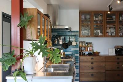 大好きな本牧を住処に(本牧 戸建てリノベーション) (キッチン)