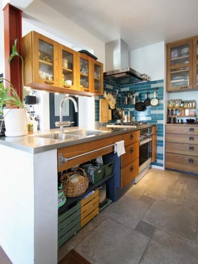 キッチン (大好きな本牧を住処に(本牧 戸建てリノベーション))