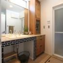 大好きな本牧を住処に(本牧 戸建てリノベーション)の写真 洗面室