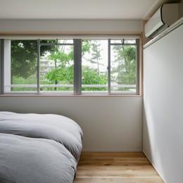パラレル・プレイス (緑が身近に感じられる寝室)