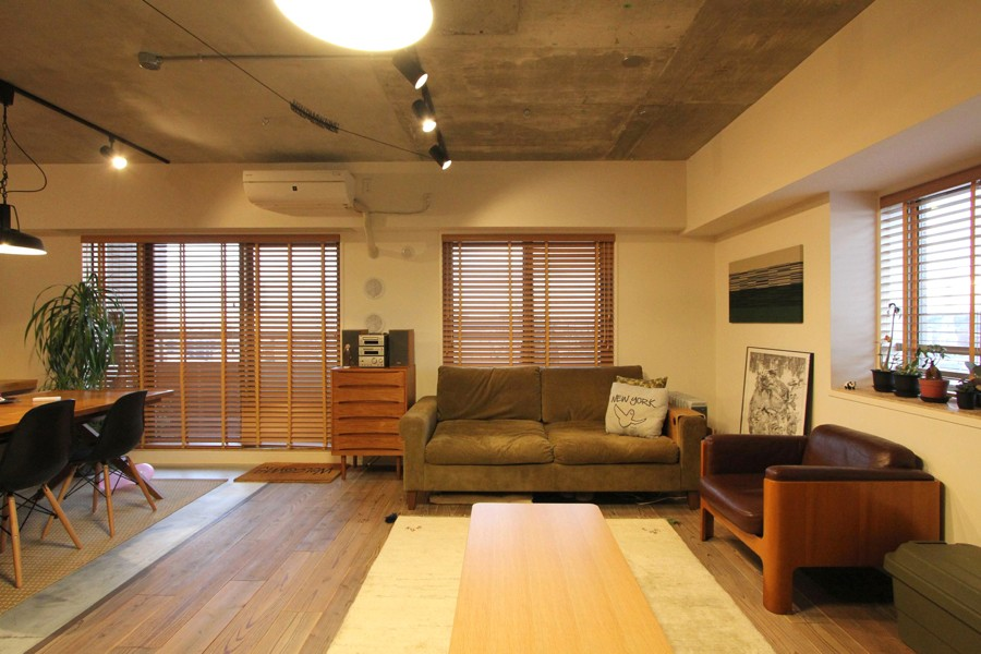 壁をつくらない 空間の仕切り方(鶴見区 I邸マンションリノベーション) (リビングダイニング)