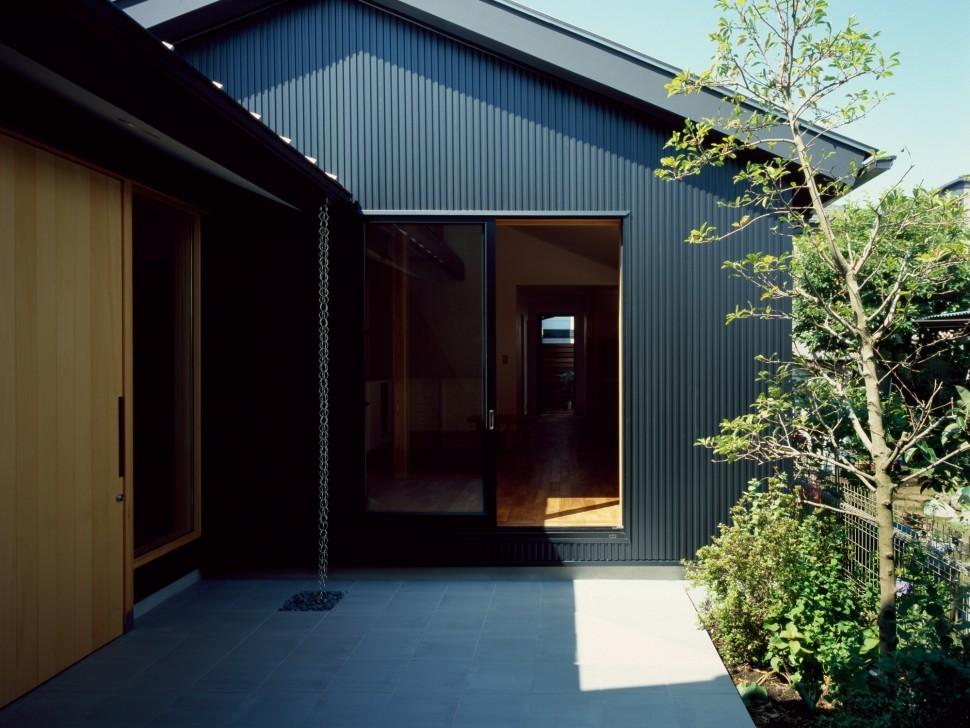 中庭のある家 (玄関2)