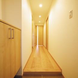 昭和のお部屋を新築風に (玄関・廊下)