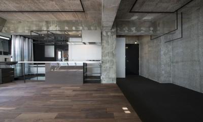 tokyo LOFT (リビングダニニングよりキッチン・土間を見る)