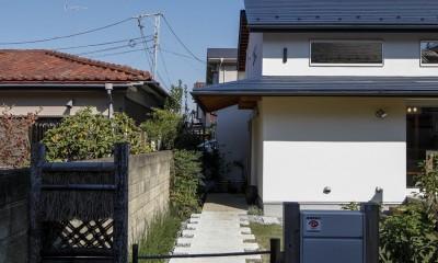 家族を結びつける大屋根の家