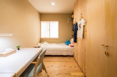 子供部屋 (家族が集う温ったかLDKの家)