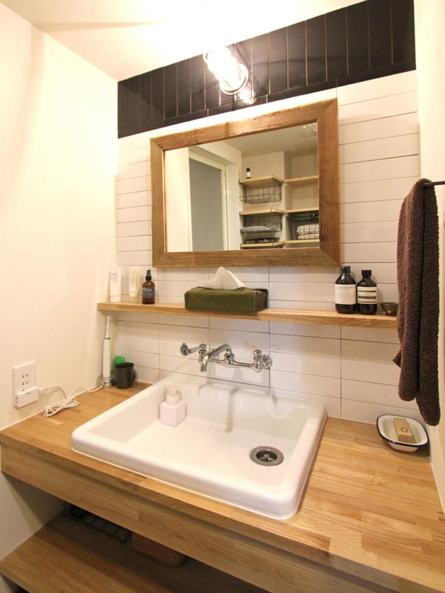 壁をつくらない 空間の仕切り方(鶴見区 I邸マンションリノベーション) (洗面室)