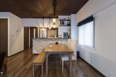 キッチン・ダイニング ([リノベーション]名古屋市S邸 #大人カフェ #家づくりから思い出づくり)