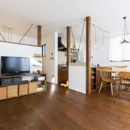 リノベーション・リフォーム会社 RenoCraft リノクラフトの住宅事例「Amber Drops - バルコニーと二階リビング」