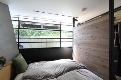 ベッドルーム (素材が変わる 家が変わる(渋谷 C邸戸建てリノベーション))