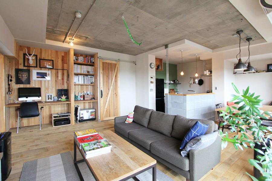 """リビングダイニング (""""DIY ROOM""""で家作りは続く(東大宮 K邸マンションリノベーション))"""
