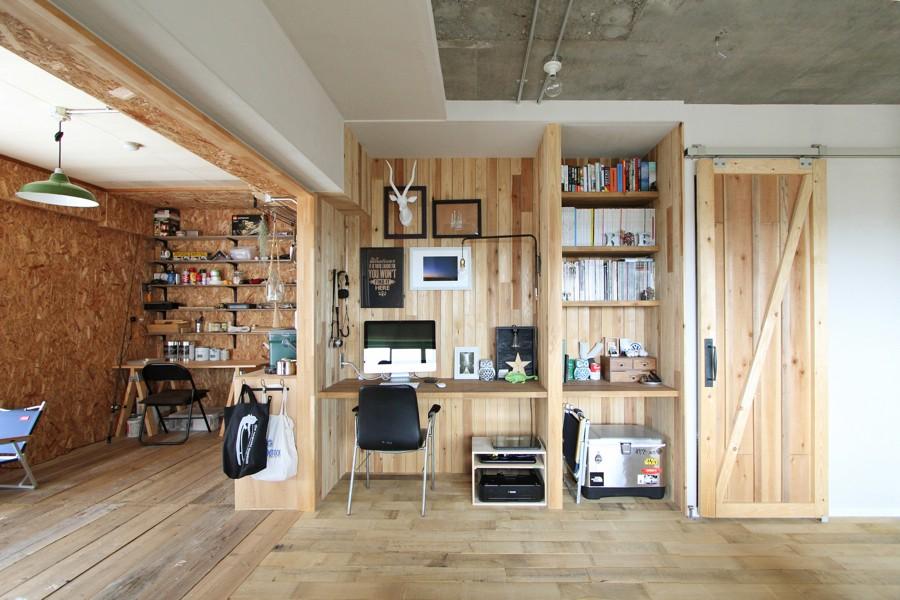 """DIY ROOM""で家作りは続く(東大宮 K邸マンションリノベーション) (デスクスペース)"
