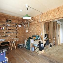 """DIY ROOM""で家作りは続く(東大宮 K邸マンションリノベーション) (DIY ROOM)"