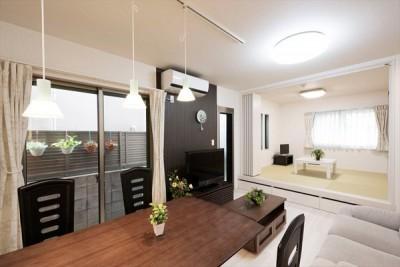 程よい距離感で、家族がつながる。安心の二世帯住宅へ「まるごと再生」 (親世帯用LDK)