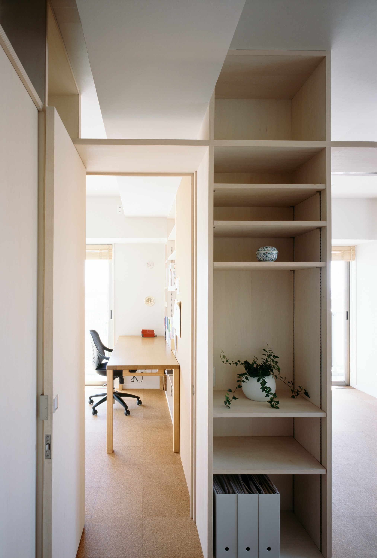 子供部屋事例:子供部屋入口(H邸リノベーション ー子供部屋と書斎をつくる)