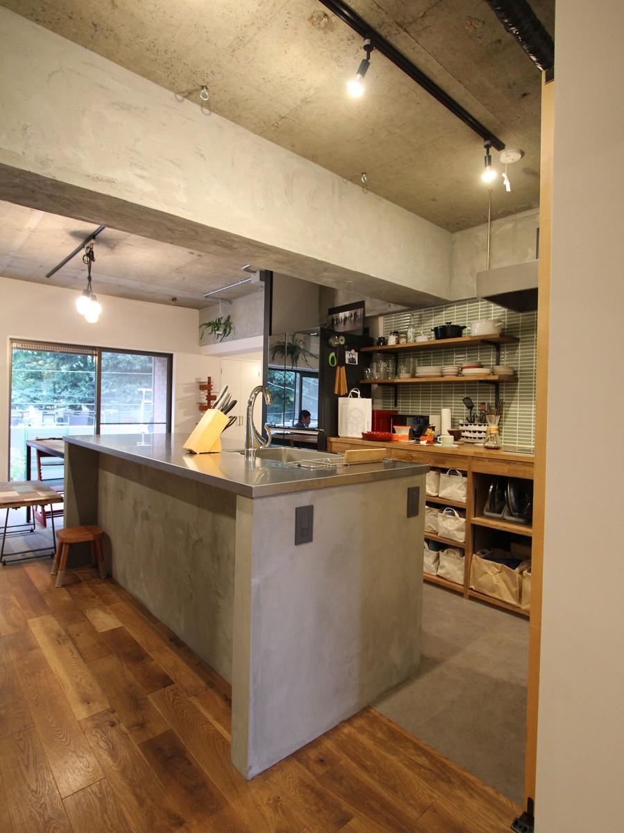 リノベーション・リフォーム会社:FIELDGARAGE Inc.「趣味を楽しむ小部屋を作らないリノベーション(湯島 S邸マンションリノベーション)」