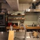 趣味を楽しむ小部屋を作らないリノベーション(湯島 S邸マンションリノベーション)の写真 キッチン