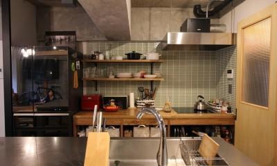キッチン|趣味を楽しむ小部屋を作らないリノベーション(湯島 S邸マンションリノベーション)