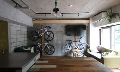 リビング|趣味を楽しむ小部屋を作らないリノベーション(湯島 S邸マンションリノベーション)