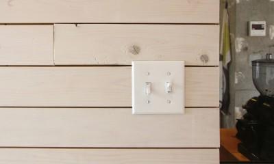 木板貼りの壁面|難アリ間取りを利点に逆転(鷺沼M邸 マンションリノベーション)
