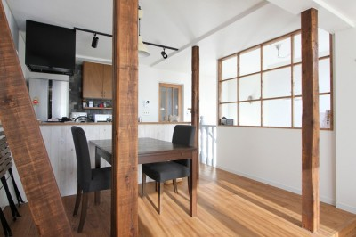LDK(2階) (猫と暮らす、二世帯住宅(成城学園前 戸建てリノベーション))