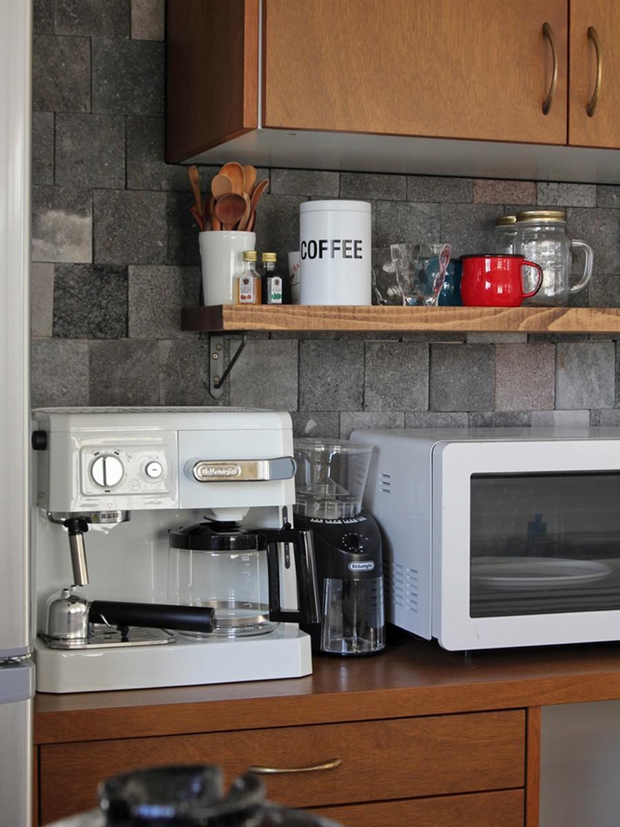猫と暮らす、二世帯住宅(成城学園前 戸建てリノベーション) (キッチン(2階))