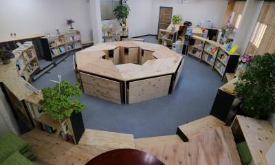 16名で囲む大テーブル|OFFICE WOLISU~16名で囲む大テーブル~