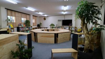 入ってすぐ。 (OFFICE WOLISU~16名で囲む大テーブル~)