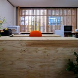 受付カウンター (OFFICE WOLISU~16名で囲む大テーブル~)