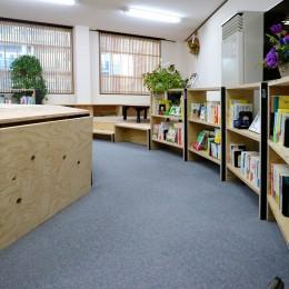 OFFICE WOLISU~16名で囲む大テーブル~ (図書館)