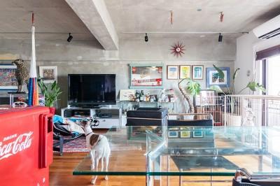 リビング (U邸-住み慣れた家、大好きな家具、夫婦で楽しむセカンドライフ)