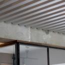 スチール天井/アイアン窓/溶岩タイルの三拍子(祖師ヶ谷大蔵F邸マンションリノベ)の写真 天井