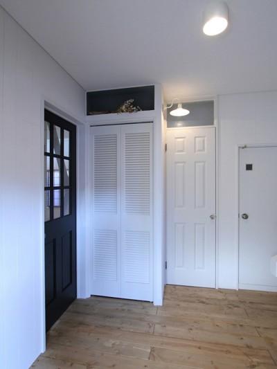 玄関ホール (川口 戸建てリノベーション)