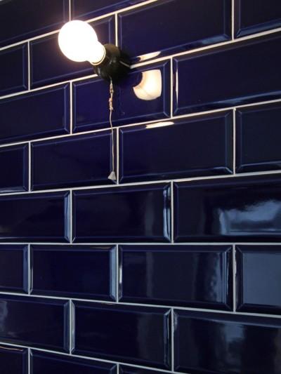 タイル壁 (習志野 戸建てリノベーション)