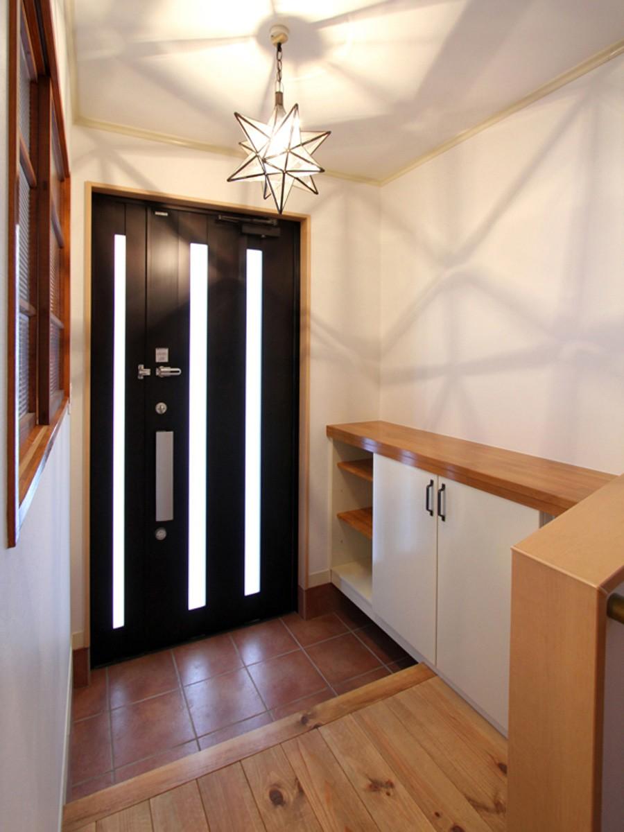 旭区 戸建てリノベーション (玄関)