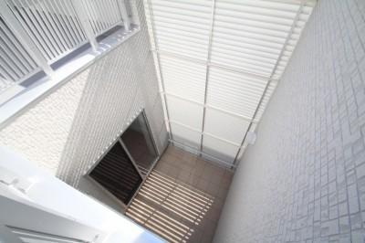 プライバシーを確保する中庭 (プライバシーと開放感を両立する住まい)