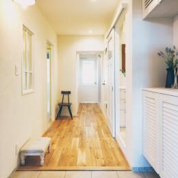roomy (玄関)